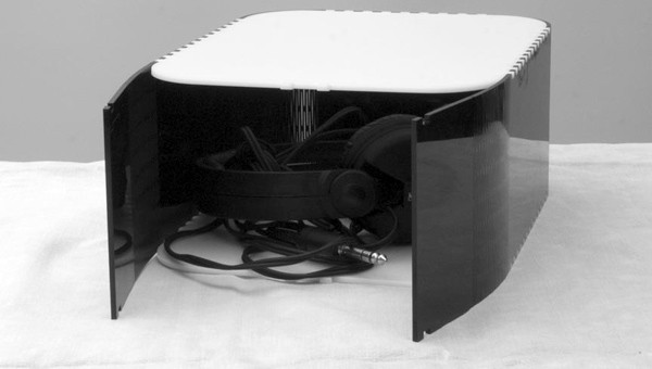 Luc Hanneuse: Headphone Box